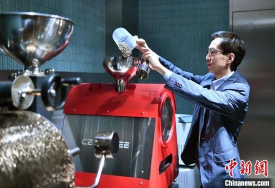 在长春开店安家的韩国咖啡师:我看到时刻发展的中国